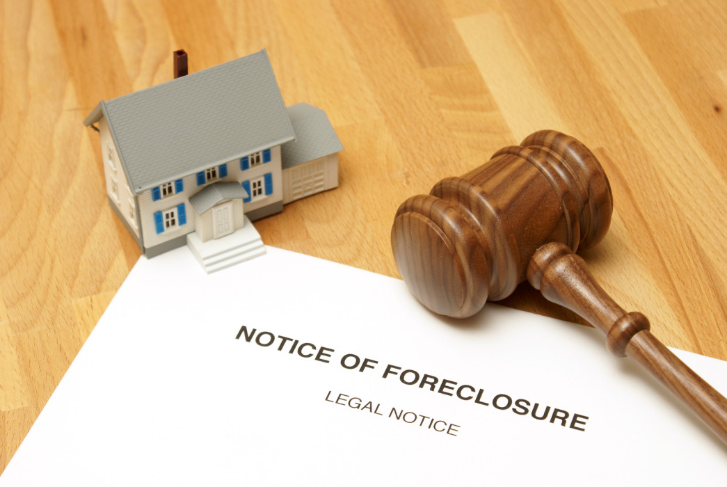 Gap Between Non-Foreclosure Solutions and Completed Foreclosures Increase Short Sale Solutions